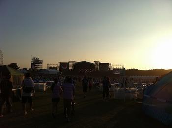 ROCK IN JAPAN FES.2010 GRASS 3